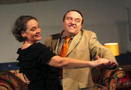 Sechs Tanzstunden in sechs Wochen Mit: Monica Bleibtreu und Gustav Peter Wöhler
