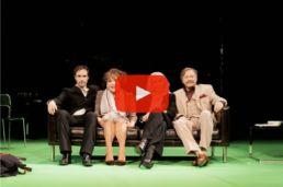 Videobutton-Ihre Version, gesamtes Ensemble - c Jim Rakete