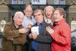 Das Sparschwein - v.l.n.r.: Horst Schroth, Arnulf Rating, Heinrich Pachl, Michael Quast, Kristian Bader - © Oliver Fantitsch