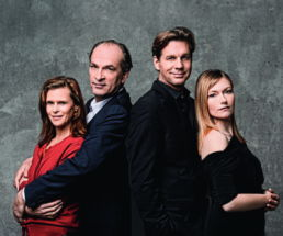 Die Wahrheit: v.l.n.r. Leslie Malton, Herbret Knaup, Thomas Heinze, Johanna Christine Gehlen - Foto: Jim Rakete