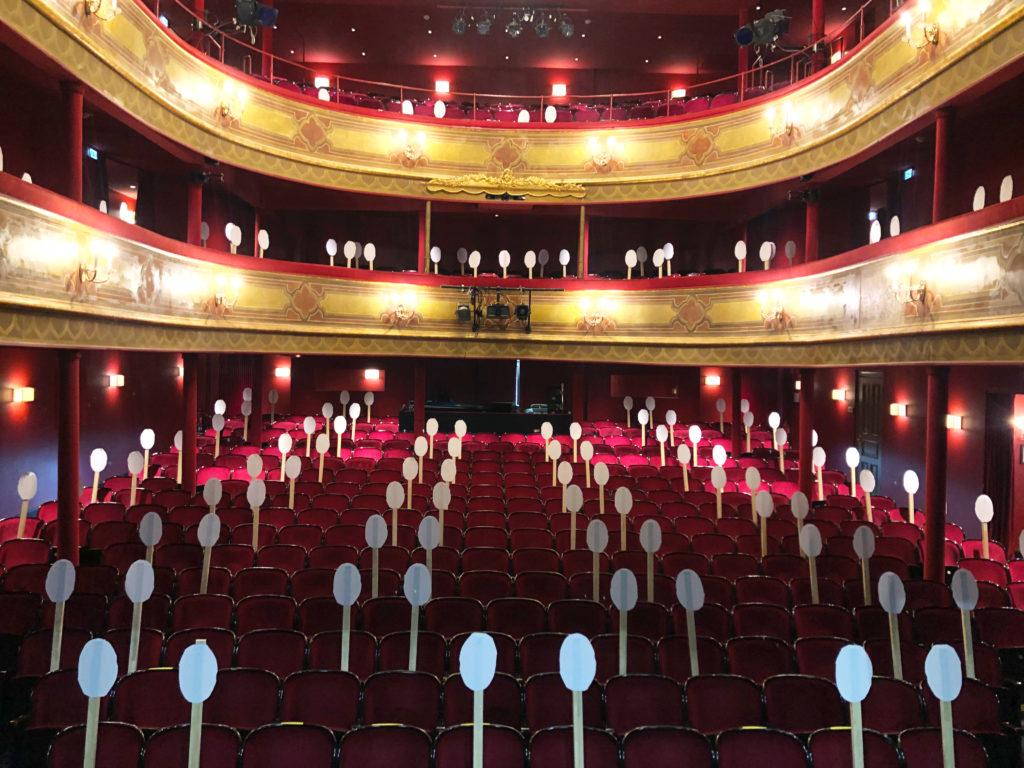 Saalfoto Corona-Abstandshalter St. Pauli Theater