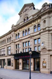 St. Pauli Theater Fassade am Tag © St. Pauli Theater / Abdruck bei Nennung des Copyrights honorarfrei