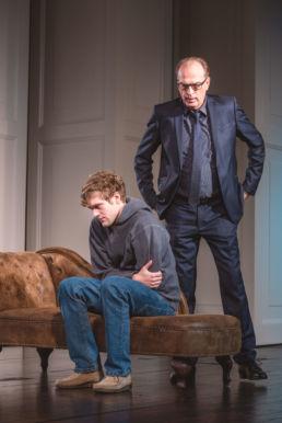 Der Sohn von Florian Zeller Dennis Svensson, Herbert Knaup © Kerstin Schomburg