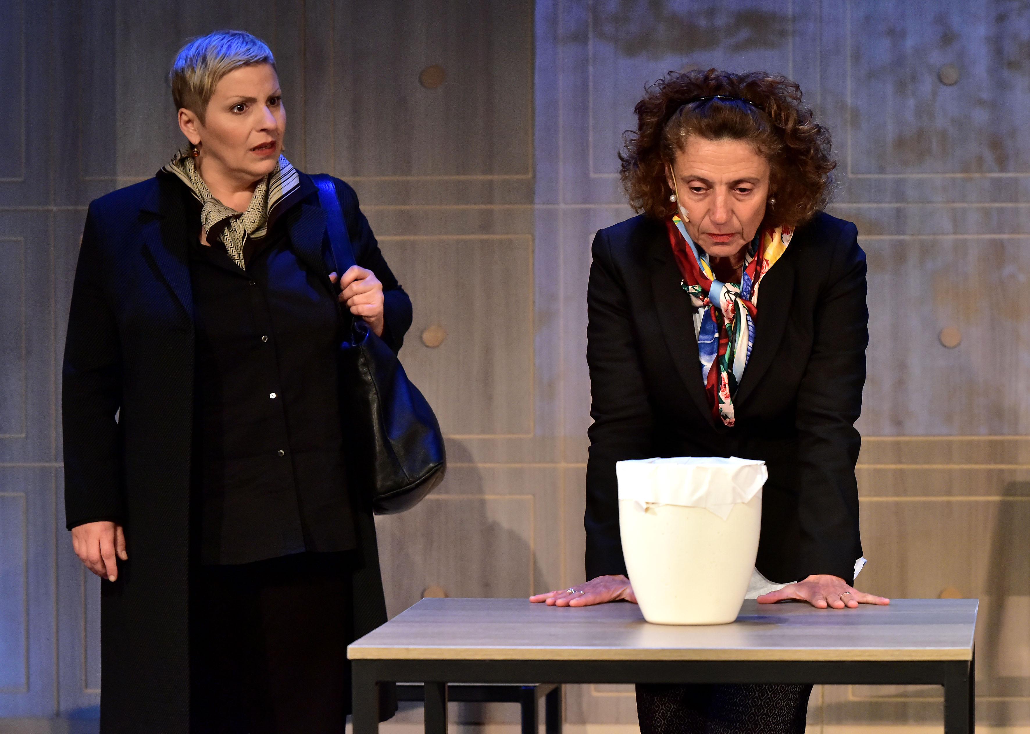 Amara terra mia - Daniela Morozzi und Adriana Altaras- Foto Rainer Kruse