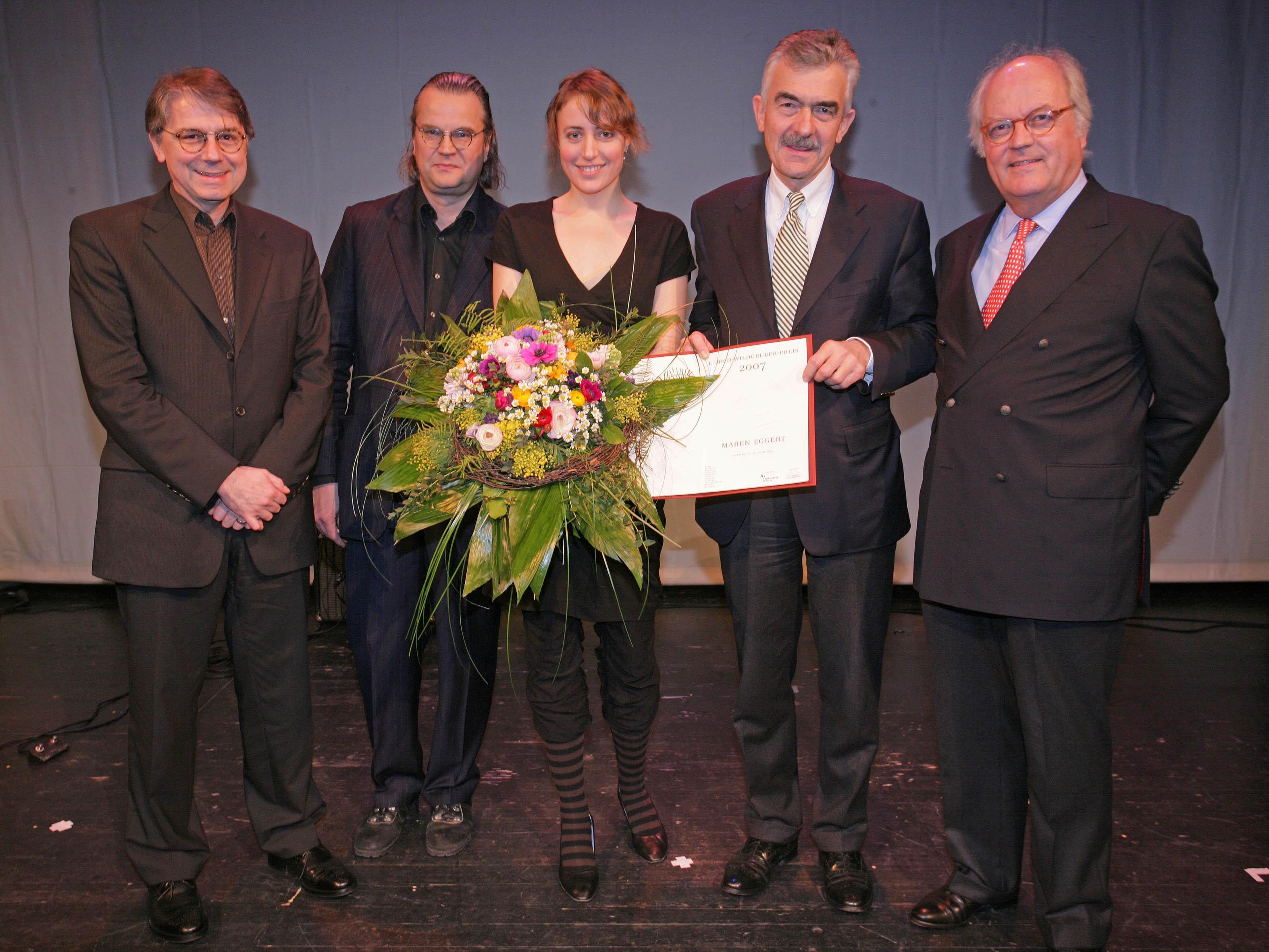 Verleihung Ulrich-Wildgruber-Preis 2007 - v.l.n.r.: Ulrich Khuon, Ulrich Waller, Preisträgerin Maren Eggert, Dr. Thomas Klischan, Claus G. Budelmann